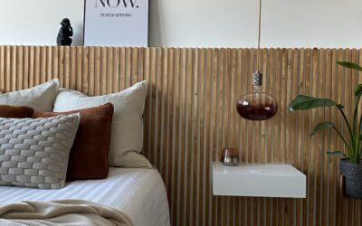 DIY: zelf een hoofdbord maken met zwevend nachtkastje